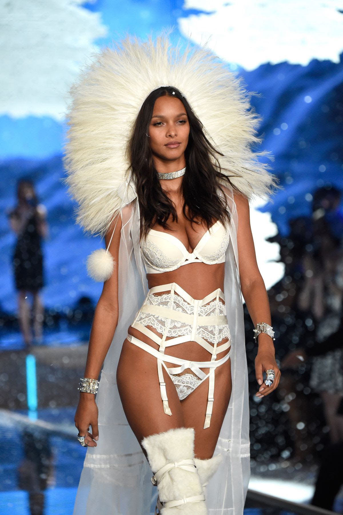 LAIS RIBEIRO at Victoria's Secret 2015 Fashion Show in New York 11/10/2015