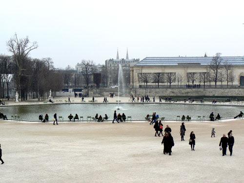 bassin tuileries.jpg