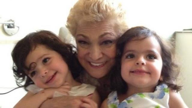 Hebe Camargo com as filhas gêmeas do Luciano