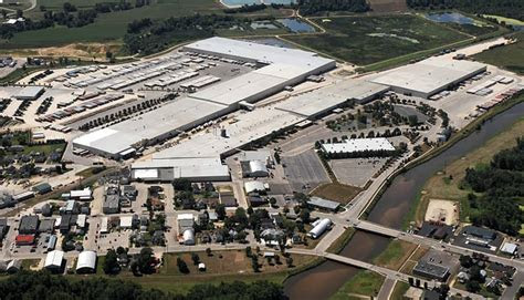 ashley furnitures  sq ft  commerce facility