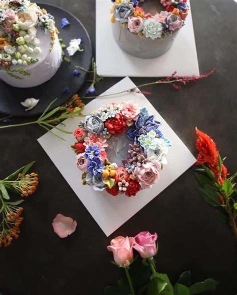 Lifelike Buttercream Flowers Turn Ordinary Cakes into