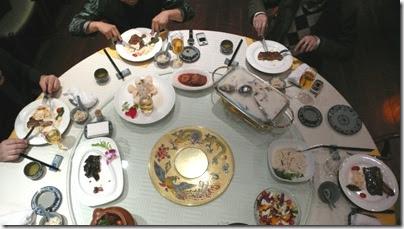 Gespräche am runden Tisch
