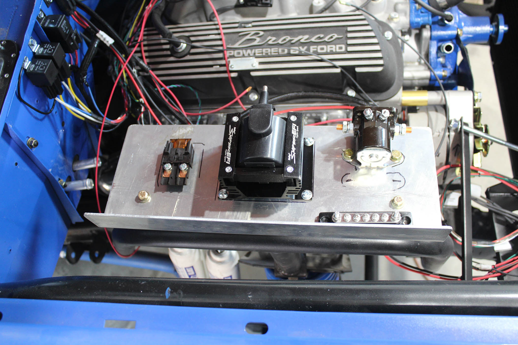 Early Bronco Painless Wiring Harness And Classic Instruments Gauge Cluster