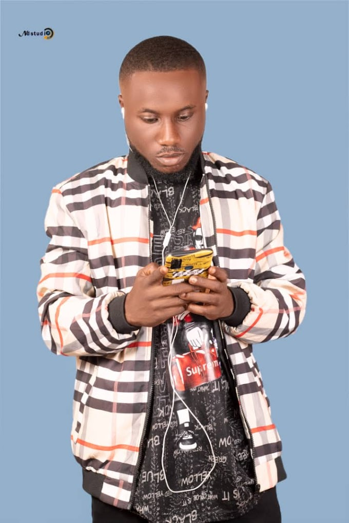 Flixzee Biography– Age, Songs, Pictures