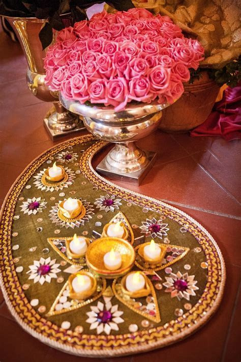Best 25  Pakistani mehndi decor ideas on Pinterest