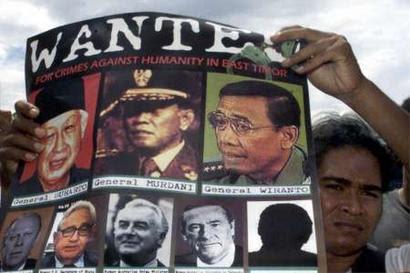 PBB Keluarkan Surat Penangkapan Wiranto