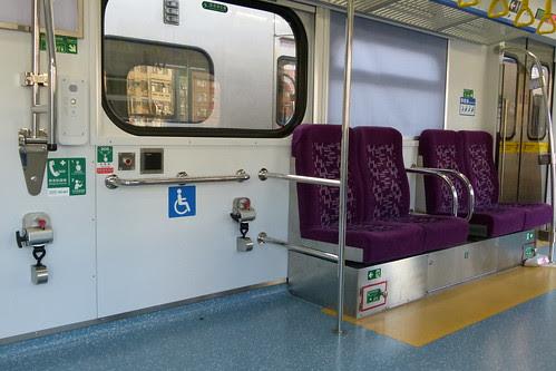 EMU800-無障礙空間與博愛座