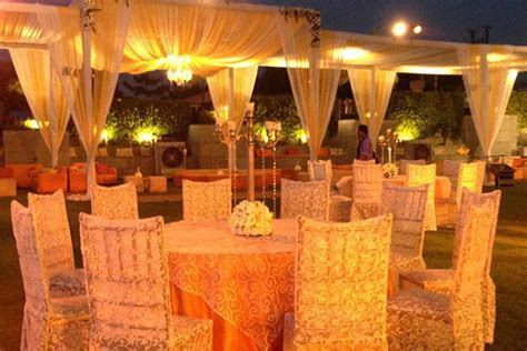 Charan Flower Decorators, Wedding Decorator in Delhi