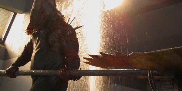 Comercial de Resident Evil 5: Retribuição revela volta do Axeman