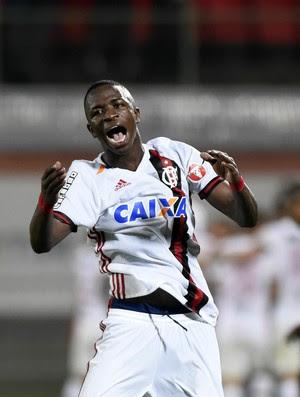 Comemoração Vinicius Junior Flamengo x Ponte Preta Ilha do Urubu - Campeonato Brasileiro 2017