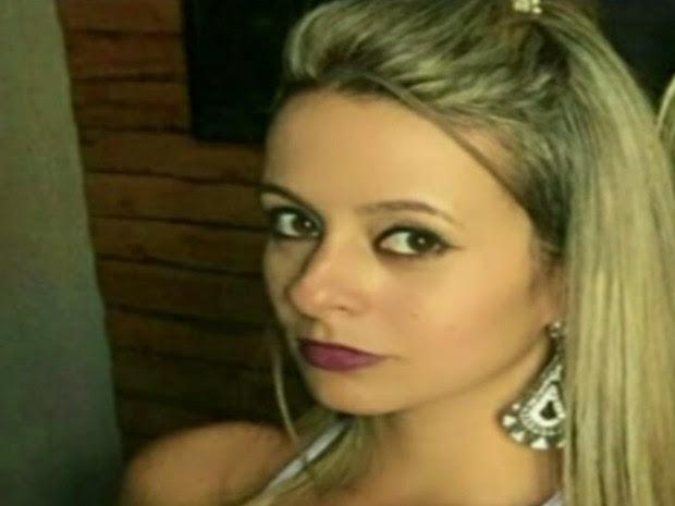 Nayane Maria foi atingida com garrafa durante briga em show do Gusttavo Lima, em Anápolis, Goiás (Foto: Reprodução/TV Anhanguera)