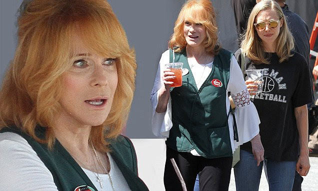 Ann-Margret, 74, still looks sexy on set of Going In Style with ...