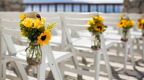 50 Sunflower Inspired Wedding Ideas   That Wedding Blog
