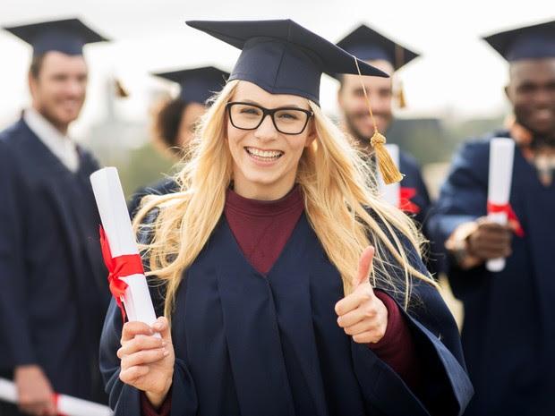 O sonho de conquistar o diploma está no pacote de benefícios que norteia a escolha dos estudantes pelos cursos mais procurados no país (Foto: Divulgação)
