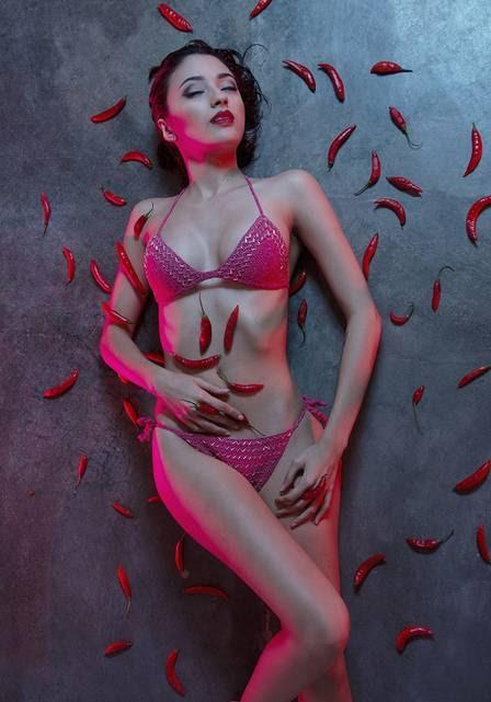 Carolina Oliveira está na lista das mulheres mais sexy de 2015
