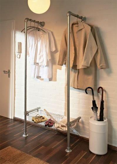 стойка для одежды из труб
