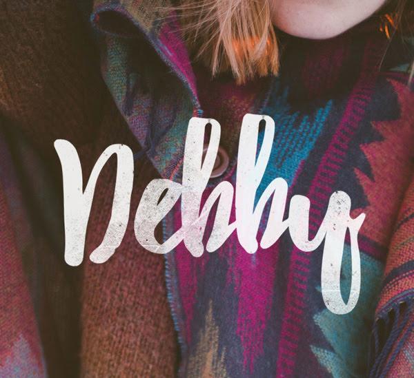 Debby gratuito Brush Fuente