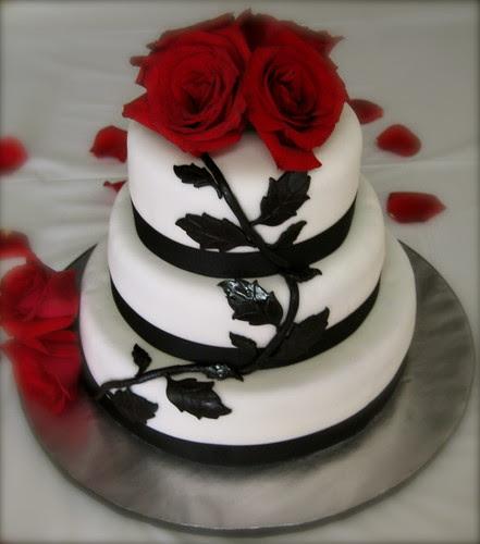 rastafara hair 2011: black and white wedding cakes with red