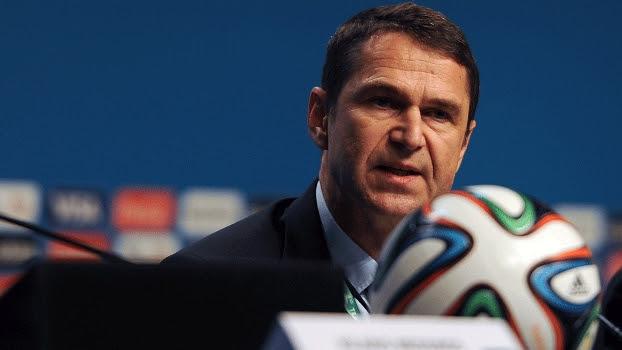 Ralf Mutschke, chefe de segurança da Fifa, em coletiva de imprensa