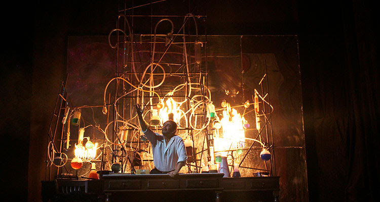 Resultado de imagen de jekyll & hyde el musical teatro laboral