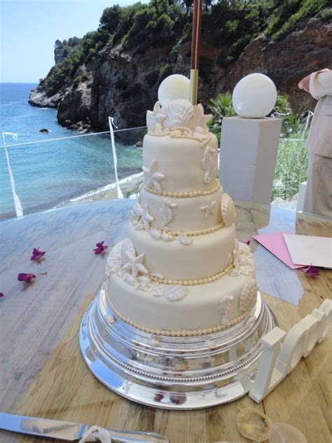Shells and Pearls Wedding Cake ? Ibiza Cakes