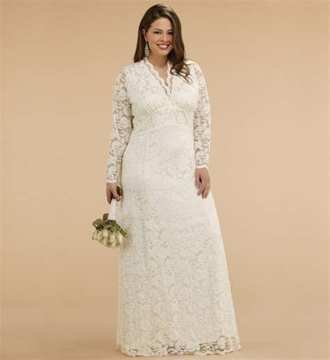 Plus size ivory wedding dresses: Pictures ideas, Guide to