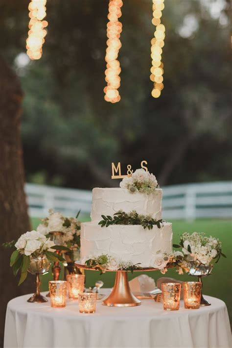 Simply Tasteful Wedding   Cakes & Dessert Tables