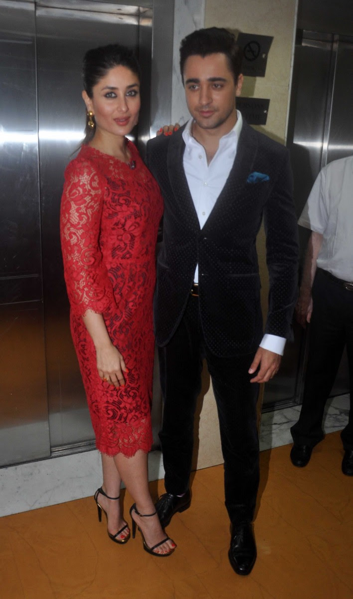 Imran-Khan-Kareene-Kapoor-at-Gori-Tere-Pyar-Mein-Movie-Promotion-On-Sets-Of-KBC-Pictures-4