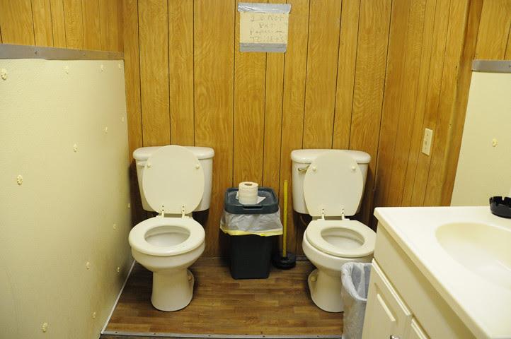 two toilets_1622 web