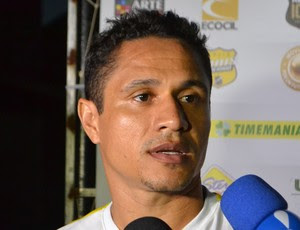 Fábio Bahia, volante do ABC (Foto: Jocaff Souza/GloboEsporte.com)