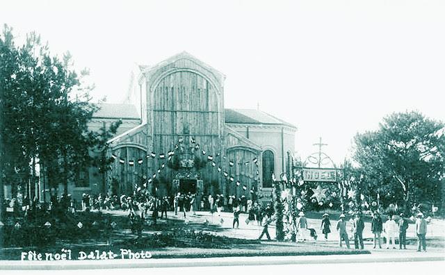 Dalat 1930s - L'Eglise Saint-Nicolas