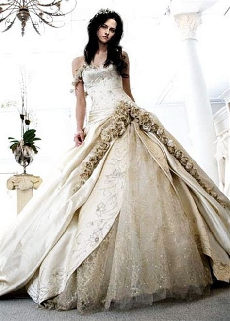 Top wedding dress designers 2013   Wedding Inspiration Trends