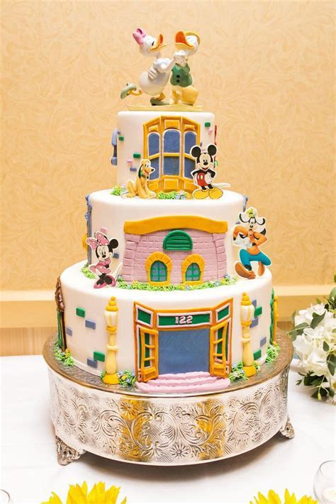 577 best Wedding Cake Wednesday images on Pinterest