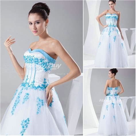 http://dyal.net/blue and white wedding dresses White and