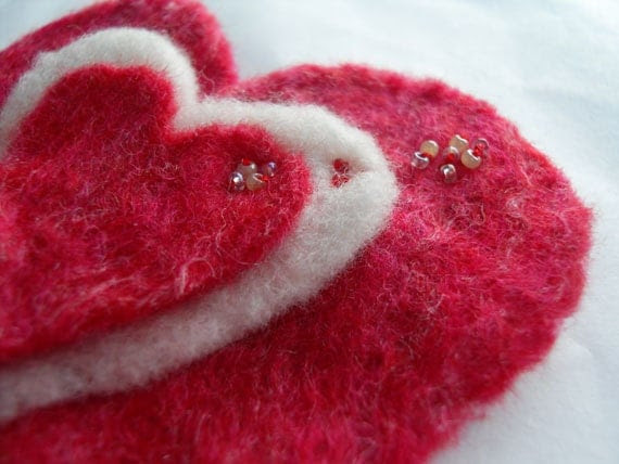 Love Heart jewelry Brooch felted pin Wool Red Pink & White ideal valentines day gift decoration for her under 10