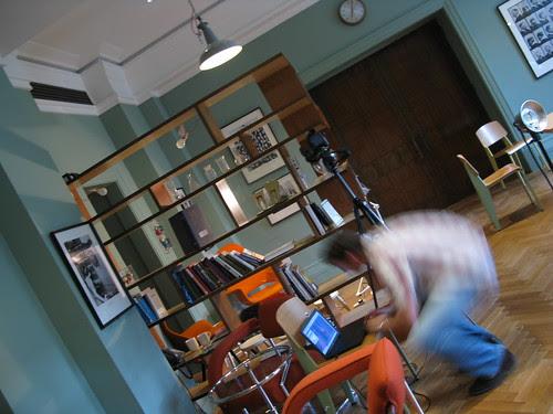 Ben (photographer) sets up