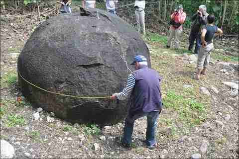 Οι πέτρινες Σφαίρες της Costa Rica
