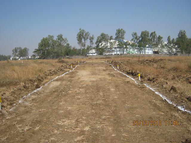 6 / 9 Meter internal road and plots in Majestic  NA Bungalow Plots:  at Kanhe Phata - near Vadgaon - Talegaon, walking distance from Kanhe Railway Station, on Old Mumbai Pune Highway (NH 4)