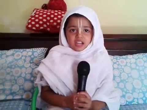 Narsimha Aarti by Lavanya Devi Dasi 3 jaar oud video