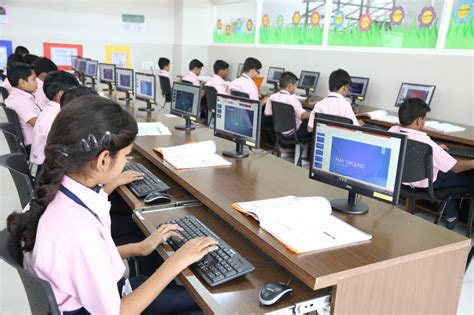 computer lab ideal international indore