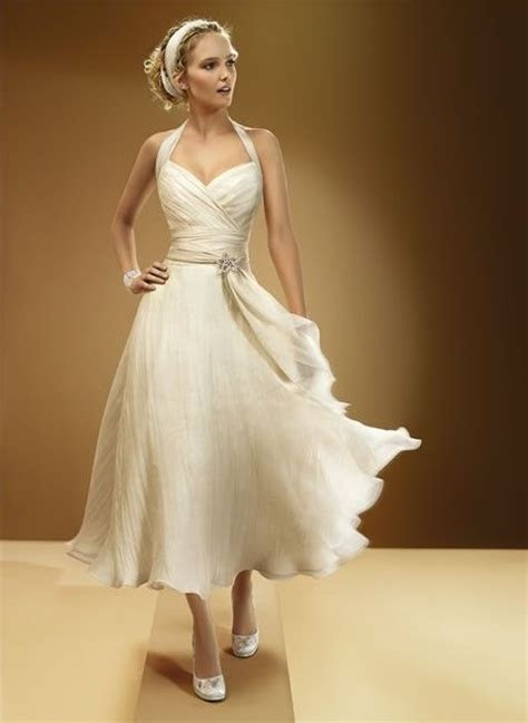 2013 Sexy Halter Tea Length Beach Wedding Dress #second