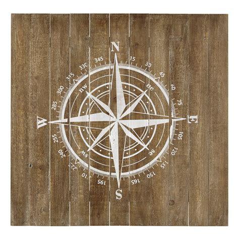 wanddekoration kompass aus holz    cm maisons du monde