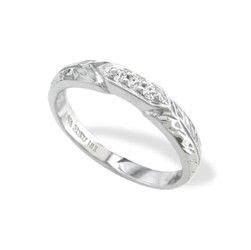 Na Ho ku White Gold Maile Leaf Wedding Band with Diamonds