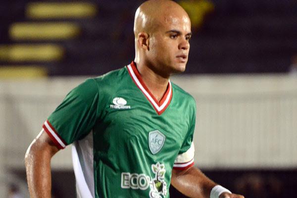 O volante Ruy Cabeção está confiante em um jogo contra o Sport
