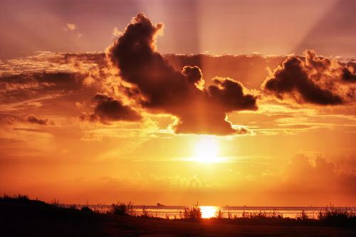 18 Inspirational Quotes 18 Amazing Sunset And Sunrise Photos