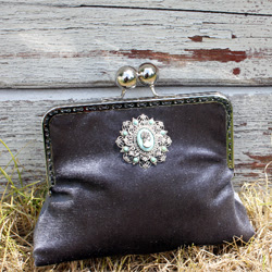 Purse with Metal Frame Tutorial