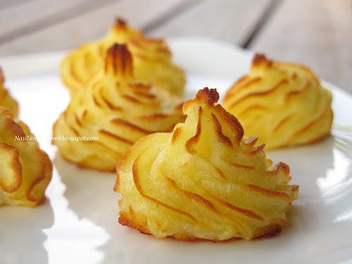 Ratatouille,Pommes Duchesse (Baked puree potatoes)