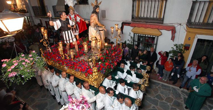 """Resultado de imagen de """"LA COLUMNA"""" HERMANDAD DEL SANTO CRISTO DE LA VERA CRUZ, SANTO CRISTO ATADO A LA COLUMNA Y MARÍA SANTÍSIMA VIRGEN BLANCA"""