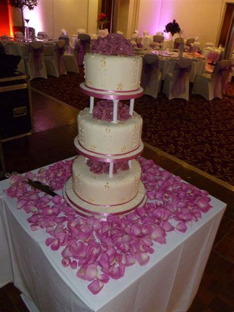 48 best wedding cake table decorations images on Pinterest