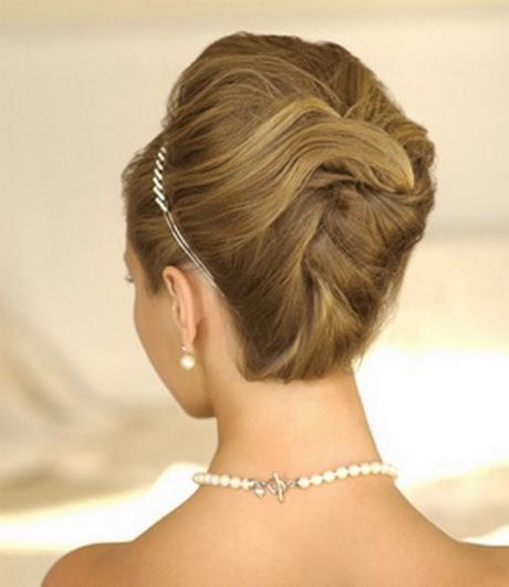 Simple  elegant  hairstyles  for long hair